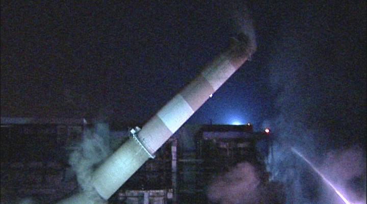 Démolition de deux cheminées Centrale thermique EDF